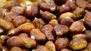 chestnuts-994138_640